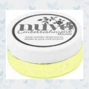 Nuvo Embellishment mousse - Custard Cream 827N
